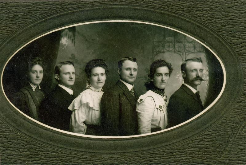 282 Mohr Brothers and their wives 1910s Maruine Holt.jpg