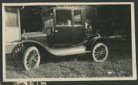 1710 Dr Pendells early 1920s Ford Mary inside early 1920s Ivan Pendell.jpg