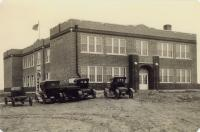 84 School Building 3rd one 1920s Tony Gonzalez.jpg